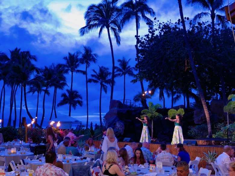 Setting of the Wailele Polynesian Luau at the Aloha Pavilion of Westin Maui