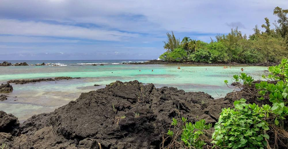 The lagoon at Carlsmith Beach Park in Hilo where you can swim with turtles, one of many superb things to do in Hilo