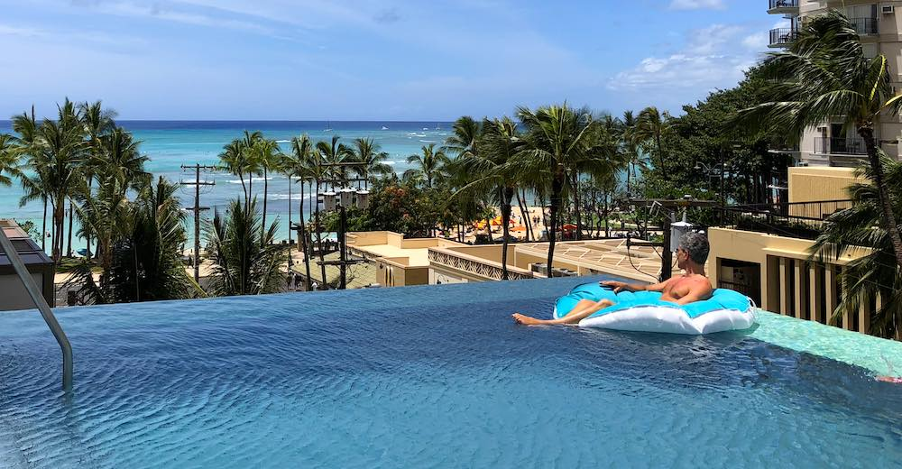 Alohilani resort Waikiki beach rooftop is perfect for relaxing in between your Hawaii islands trip