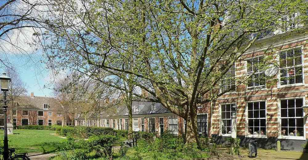 The courtyard of the Proveniershof, once the Proveniershuis, in Haarlem Holland