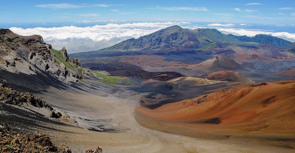 The views one can expect when hiking the Sliding Sands Trail, an epic volcano hike in Maui, Hawaii