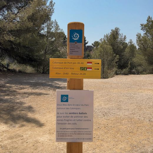 The trailhead for this hike to the Cassis Calanques Provence