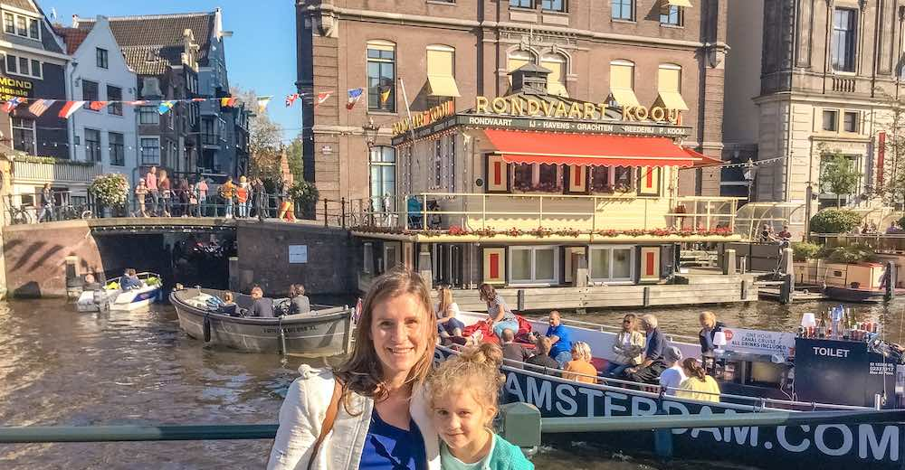 Mother and daughter in Amsterdam for 2 days