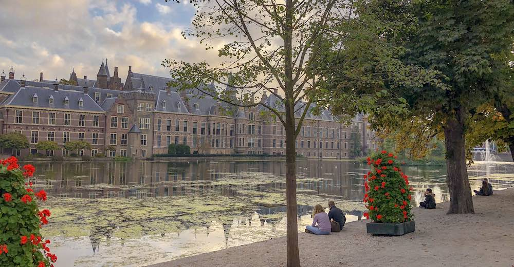 A city break to The Hague is the perfect combination with a visit to Keukenhof Gardens Holland