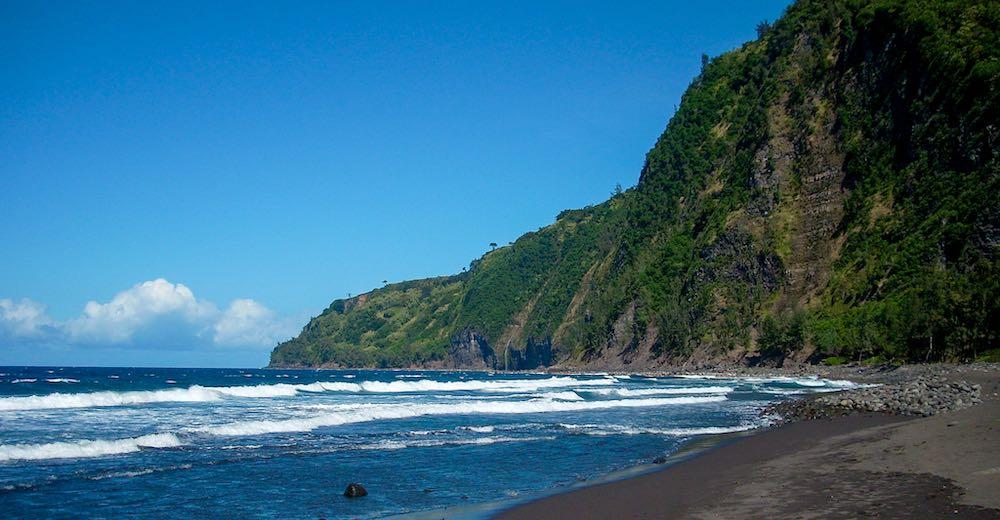 Waipi'o black sand beach Hawaii  is located in Waipio Valley and counts as one of the best beaches Big Island