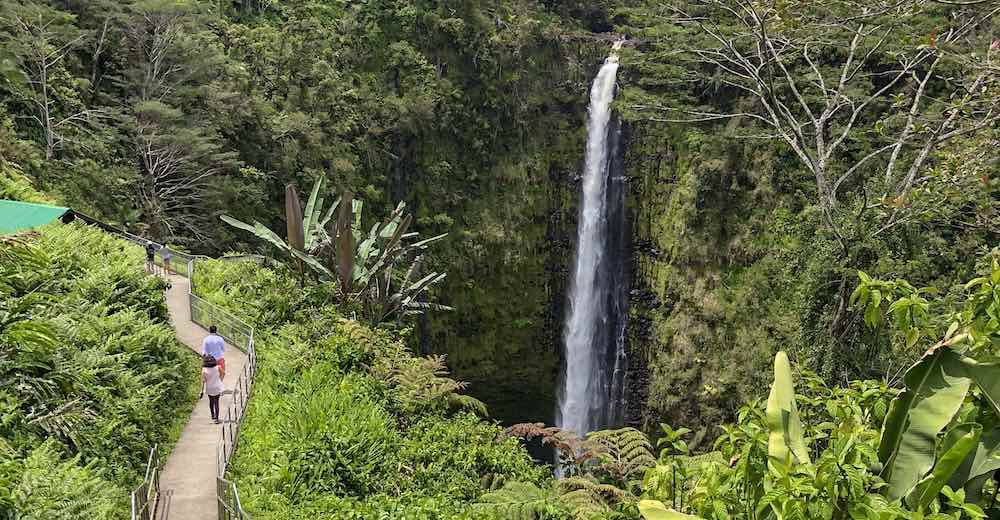 Visiting the Big Island is a must when you travel between the Hawaii islands during your Hawaii island hopping trip