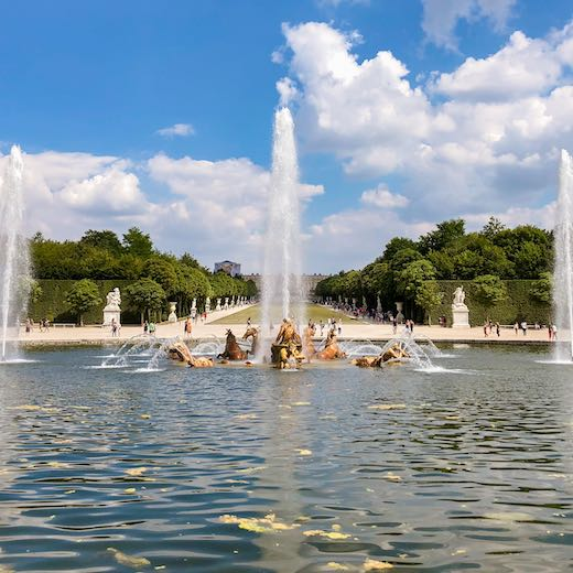 Check the Versailles Palace hours to see when the musical fountains are programmed