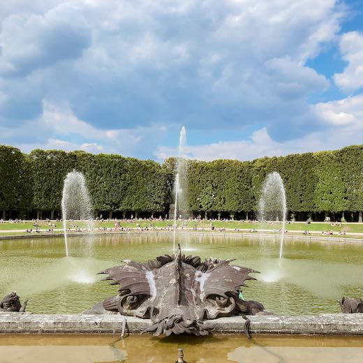Getting to Versailles from Paris on time to catch the Versailles fountain show