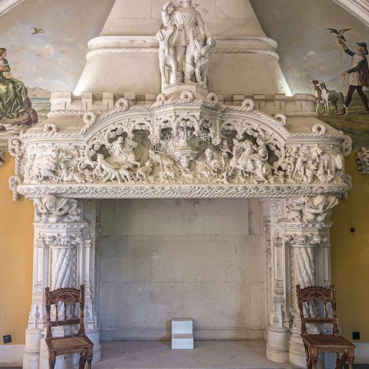 Gorgeous fireplace in minimalist style at Quinta da Regeleira