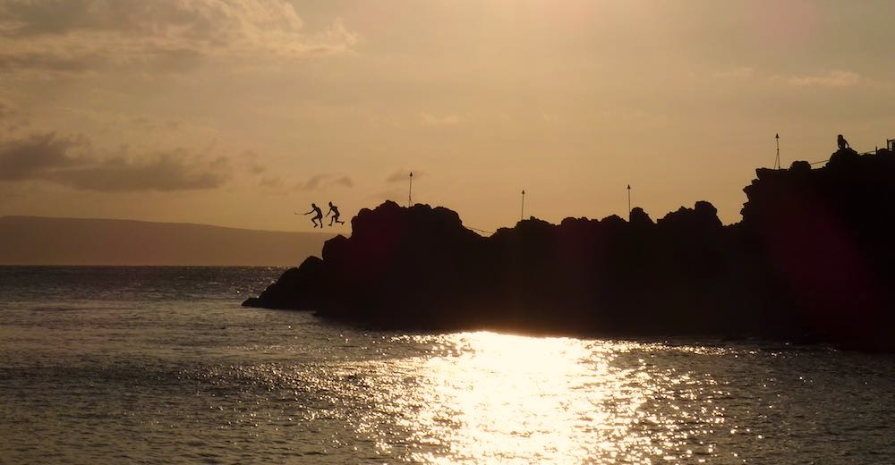 Black Rock Maui cliff diving is a popular Ka'anapali beach activity