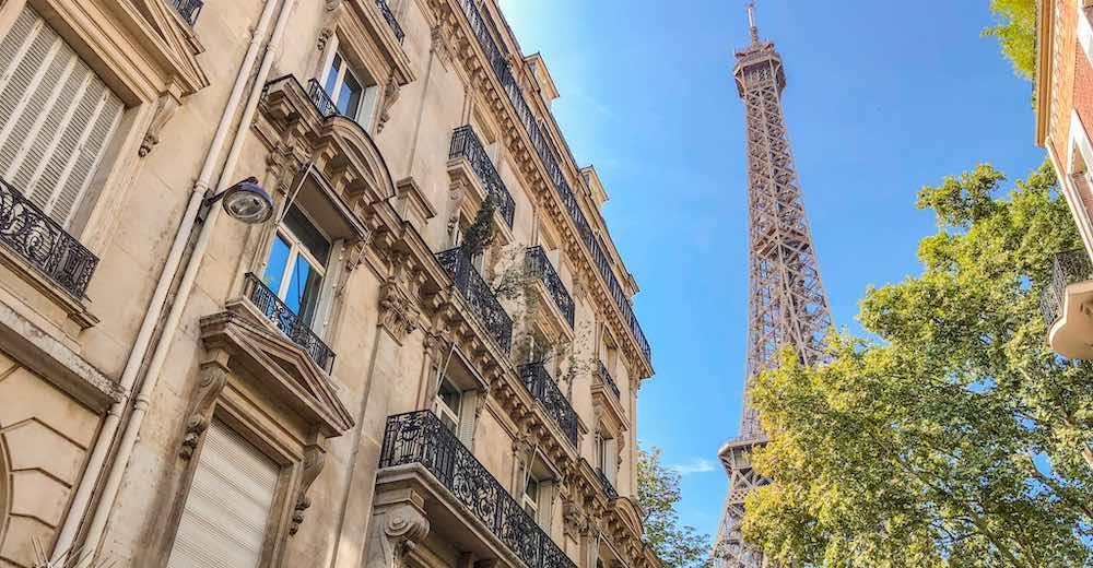 Make sure to purchase fast track entry tickets to the Eiffel Tower so that you have plenty of time to complete your 4 days Paris itinerary