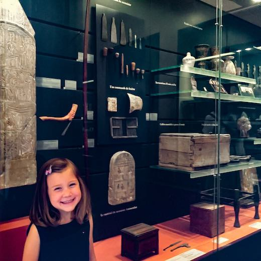 Little girl in the Louvre