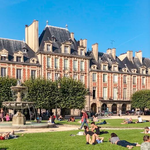 Place des Vosges is one of the highlights of every Paris itinerary