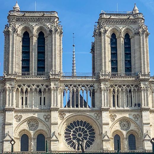 What to see in Paris in 4 days definitely includes the Notre Dame cathedral
