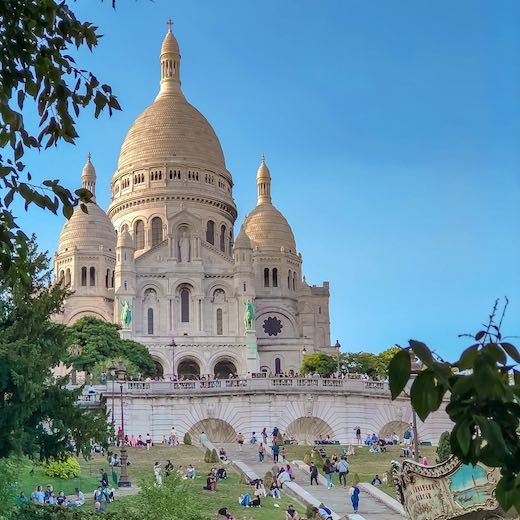 Montmartre is the perfect place to end your Paris day