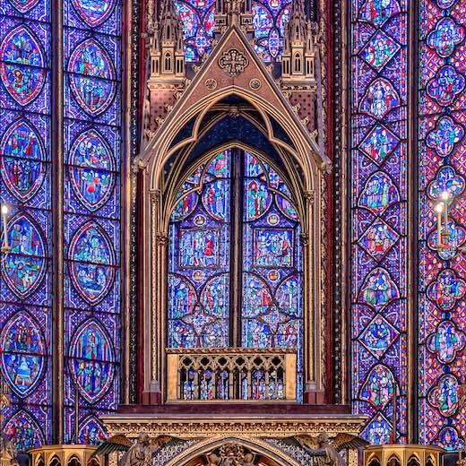 Mysterious Sainte Chapelle is a must-see when you visit Paris 4 days