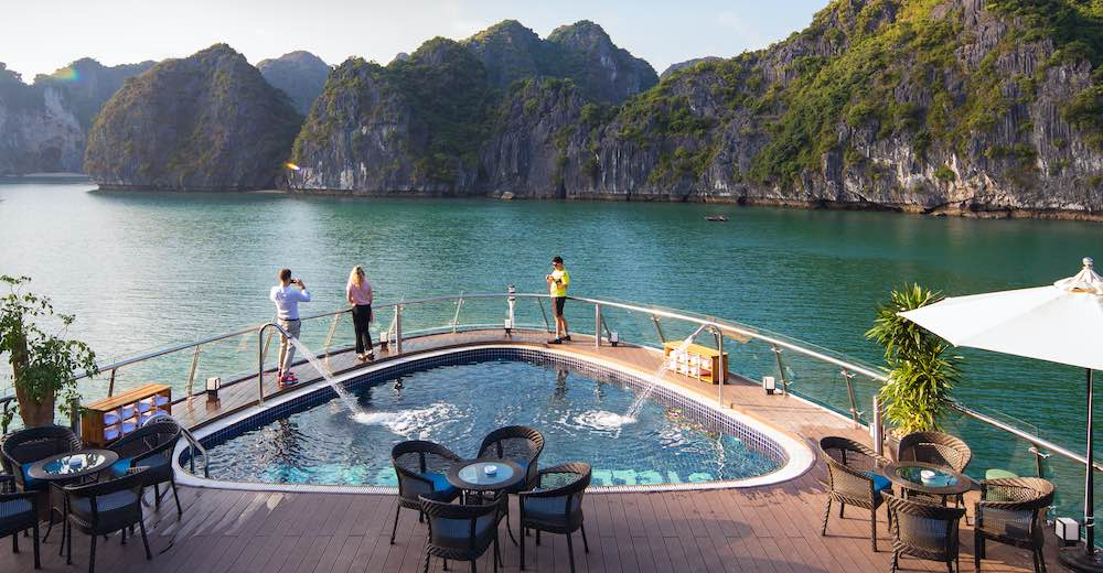 Lan Ha Bay cruises luxury cruises