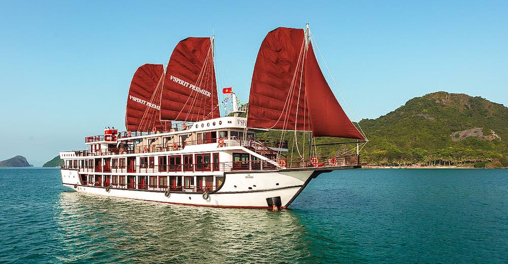 One of the Lan Ha Bay cruise tours