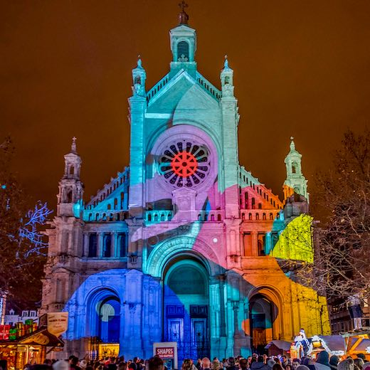 Light effects on the facade of the Saint Catherine's church in Brussels