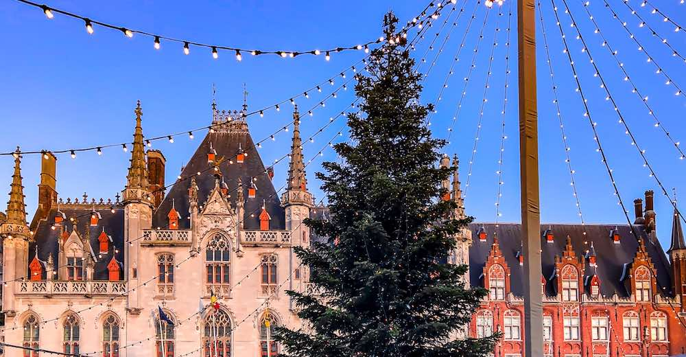 Christmas tree at the Christmas market in Bruges