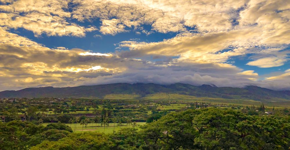 View over the West Maui mountains