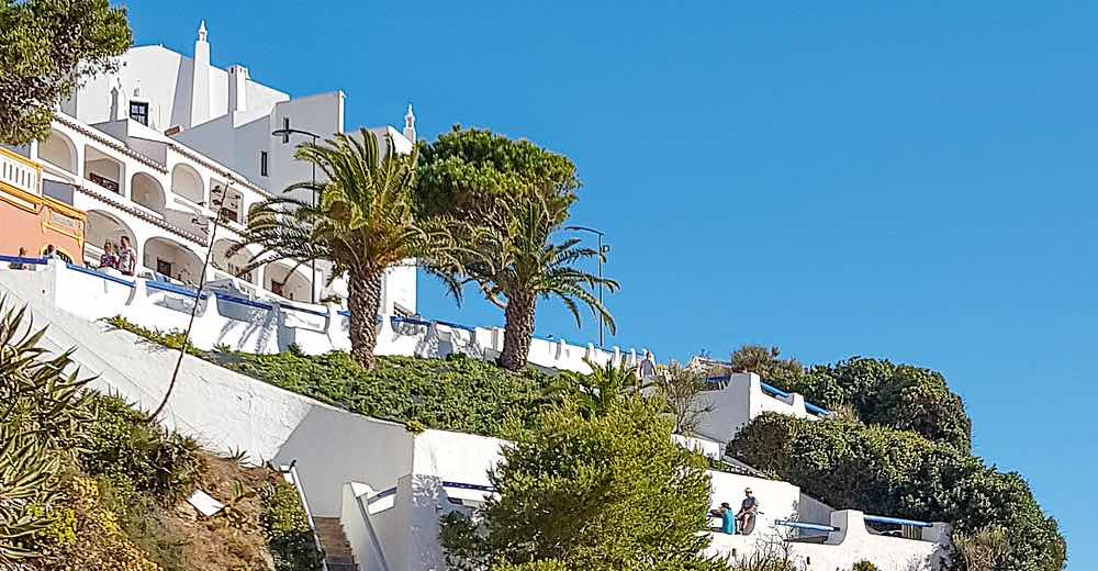 Many restaurants Carvoeiro can be found up the hill