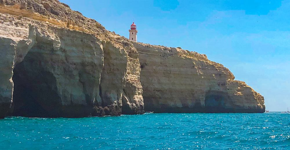 Alfanzina Lighthouse in Algarve
