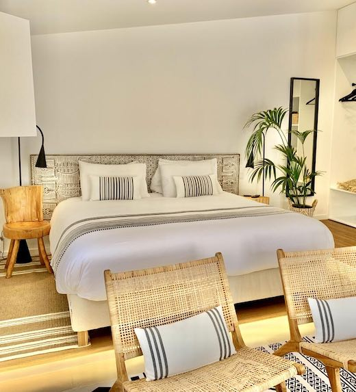 Bright and clean one bedroom apartment in Portugal