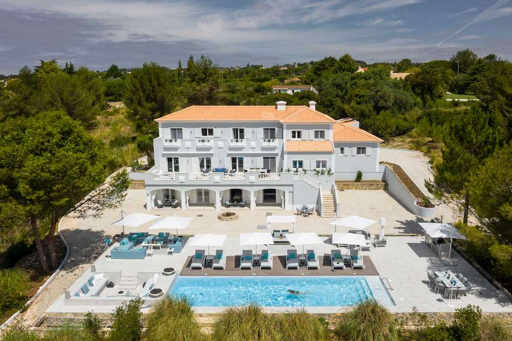 If you're looking to rent a villa in Portugal then consider the spectacular Quinta da Serra