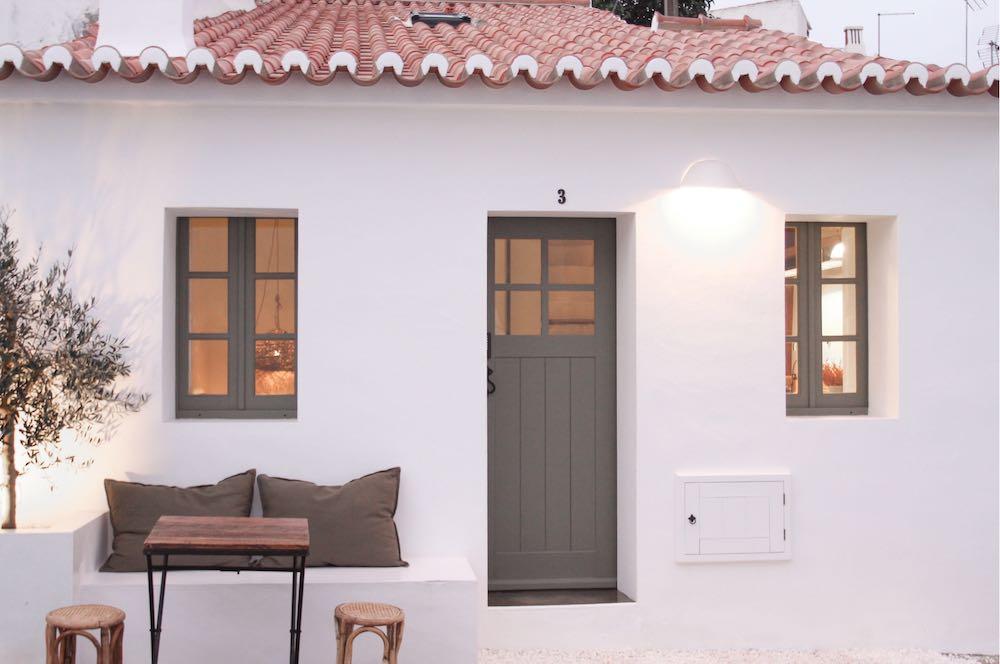 Facade of a cute white house in Algarve