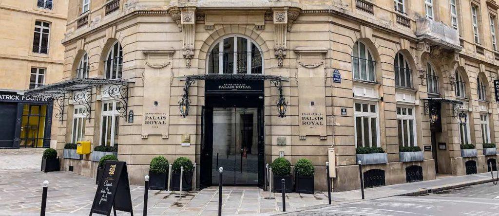 Entrance of the Grand Hôtel du Palais Royal