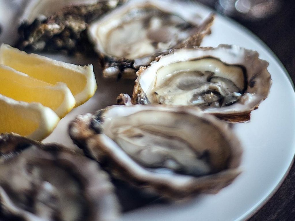 Oysters are a must-try food in Paris